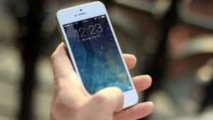 Pad globalne prodaje mobilnih telefona trajaće sve do kraja 2019.