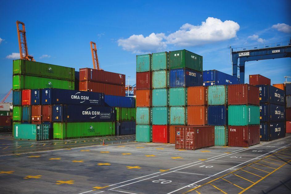Pad međunarodne trgovine od 27 odsto u drugom kvartalu