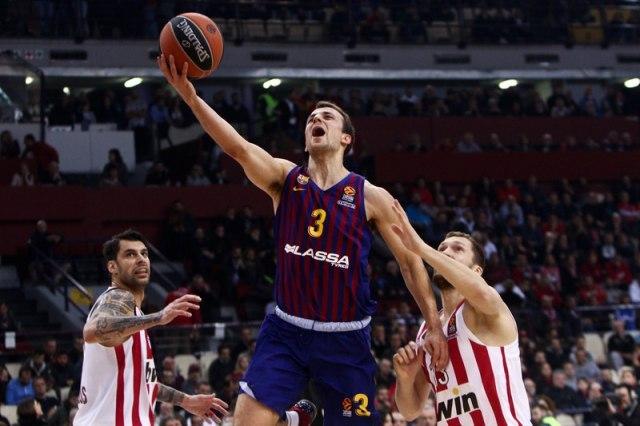 Pangos napušta Barselonu – Zvezda izgubila trku za potpis?