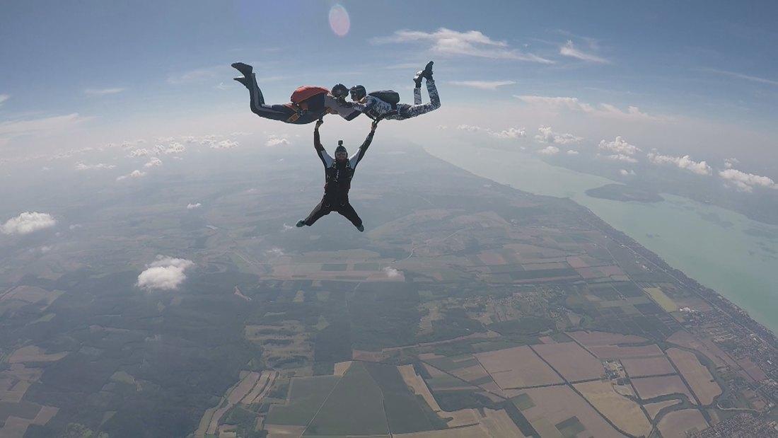 Panoramski letovi i skokovi padobranom na severu Bačke