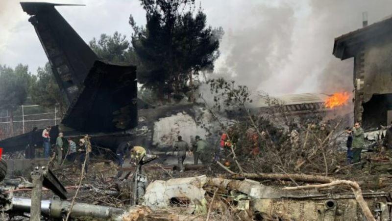 U avionskoj nesreći poginulo 15 od 16 članova posade