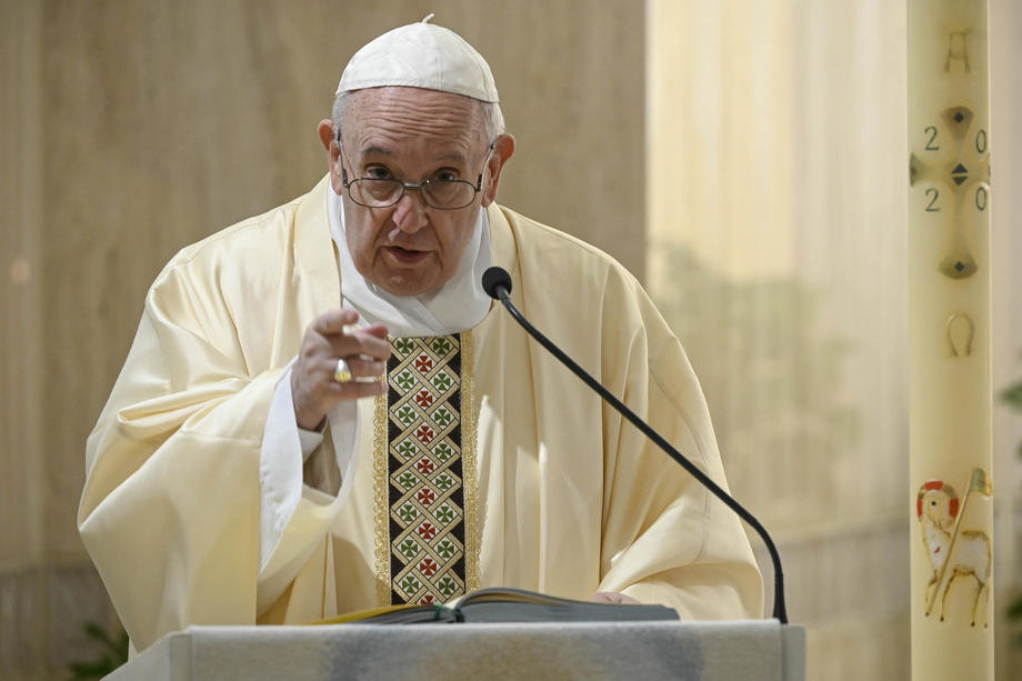 Papa Franja: Na putu smo samouništenja