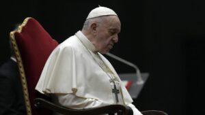 Papa Franja: Živ sam, iako su neki hteli da me vide mrtvog i pripremali izbor novog pape