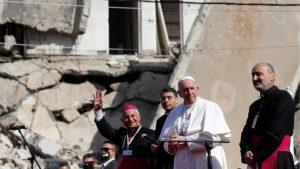 Papa Franja u istorijskoj poseti Iraku: Molitva usred ruševina crkava u severnom Iraku