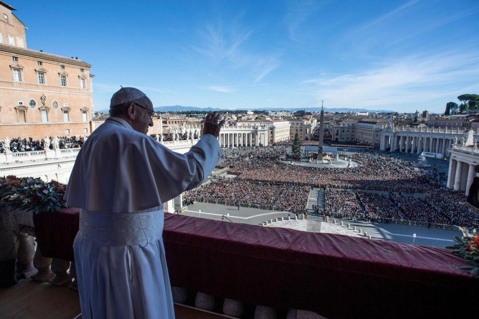 Papa: Idem u Irak, ne smemo da izneverimo  ljude