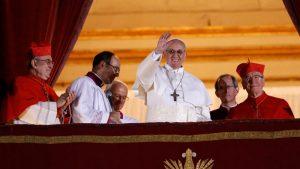 Papa otkazao misu zbog prehlade