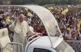 Papa ponovo uputio apel za gostoprimstvom prema migrantima