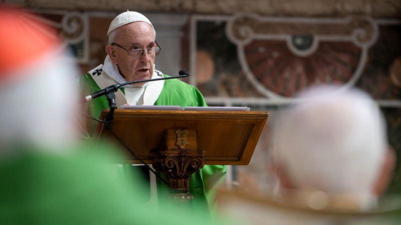 Papa pozvao na evakuaciju izbeglica u Libiji