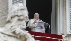 Papa zbog išijasa otkazao sastanak sa diplomatama