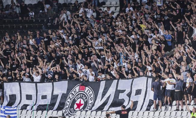 Partizan vodi, a među navijačima apatija (TVITOVI)
