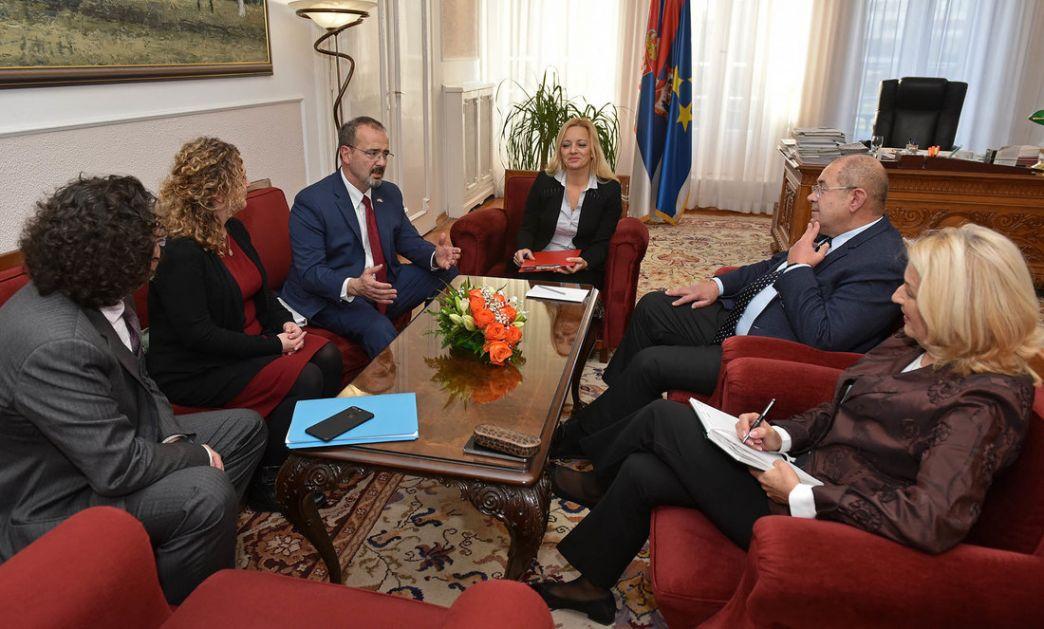 Pastor razgovarao sa ambasadorom SAD Entonijеm Godfrijеm