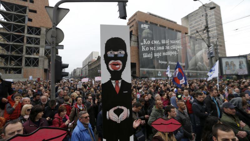 Pauza za proteste zbog praznika u Srbiji - dokle će izdržati?