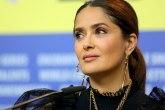 Pesak, izazovna haljina i 17 miliona: Salma Hajek slavi FOTO