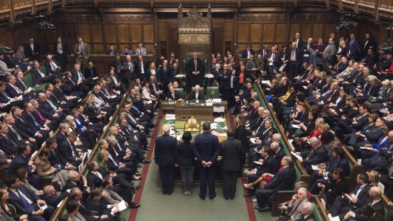Pet kandidata ostala u trci za novog predsednika britanskog parlamenta