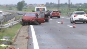 Pet osoba povređeno u saobraćajnoj nezgodi kod Doljevca