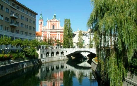 Pet slovenskih stranaka potpisalo koalicijski sporazum