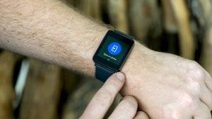 Petina građana EU koristi pametne satove, fitnes narukvice, opremu povezanu internetom