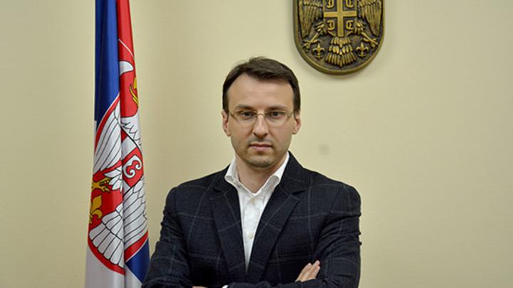 Petković: Posle katastrofalnih poteza Tadić glumi junaka