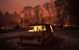 Petoro mrtvih nađeno u vozilima izgorelim u požaru u Kaliforniji