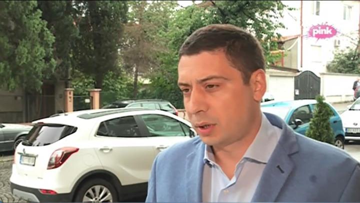 Petronijević za Pink.rs:Pretnje Vičiću i njegovoj porodici je cilj i politika za koju se zalaže Savez za Srbiju