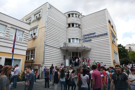 Pitali su studente da li su za ulazak u EU. Odgovor je ŠOKIRAO