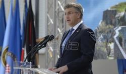 Plenković u Kninu izrazio žaljenje zbog stradalih srpskih civila