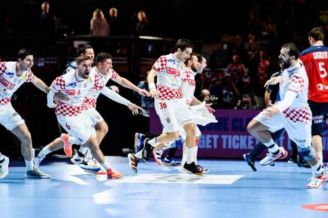 Pobedonosni gol Hrvatske – Čuo sam Duvnjaka kako viče... VIDEO