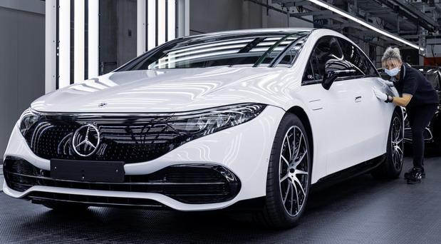 Počela proizvodnja električnog Mercedesa EQS