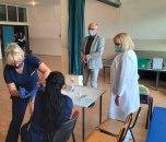 Počela vakcinacija zaposlenih u obrazovnim ustanovama u Zemunu