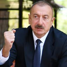 Počelo primirje?! A mi zauzeli most: Predsednik Azerbejdžana slavi vojnu pobedu u Karabahu (VIDEO)