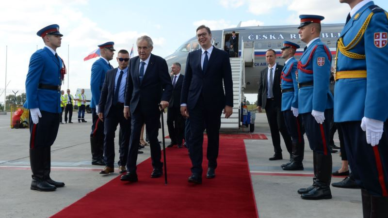 Zeman i predsednik češkog senata različito o Kosovu
