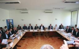 Deo SzS napustio sastanak o medijima na FPN-u, predlažu bojkot izbora