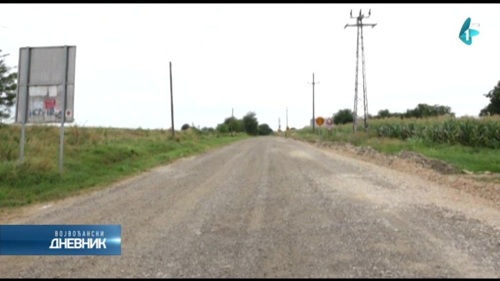 Početak radova na asfaltiranju puta Novi Slankamen-Surduk