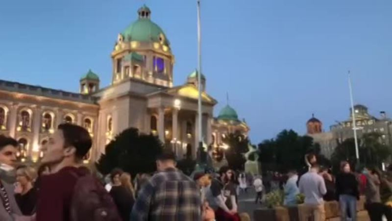 Početak šestog protesta u Beogradu