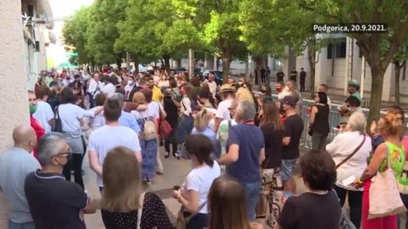 """Podgorica: Protest zbog """"anticrnogorskih kadrova"""" u kulturi"""