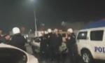 Podgoričanin pogođen u glavu, hitno prebačen u bolnicu: Narod na brutalnu intervenciju policije dobacuje Nije vam ovo Damask! (VIDEO)