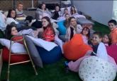 Pogledajte kako izgleda filmsko veče u porodici koja ima 22 deteta VIDEO