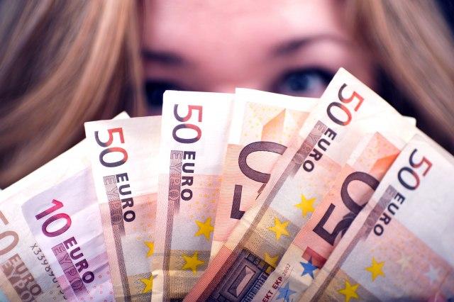 Pogledajte šta se desi kada pokušate da fotokopirate 50 evra VIDEO