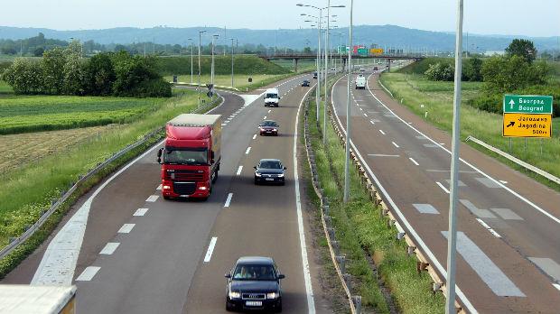 Pojačan saobraćaj na prilazima većim gradovima