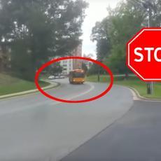 Pojavio se BUS i dao žmigavac: Svi vozači nagazili kočnicu - SVE JE U TRENU STALO! Ovo je za DIVLJENJE