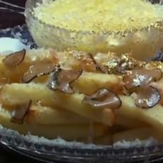 Pojeli biste ovu malecku porciju pomfrita? Može, ali kad čujete cenu, presešće vam i na slici! (VIDEO)