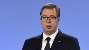 Pokrenuta peticija za odbranu Vučića