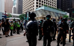Policija Hongkonga upotrebila suzavac protiv demonstranata