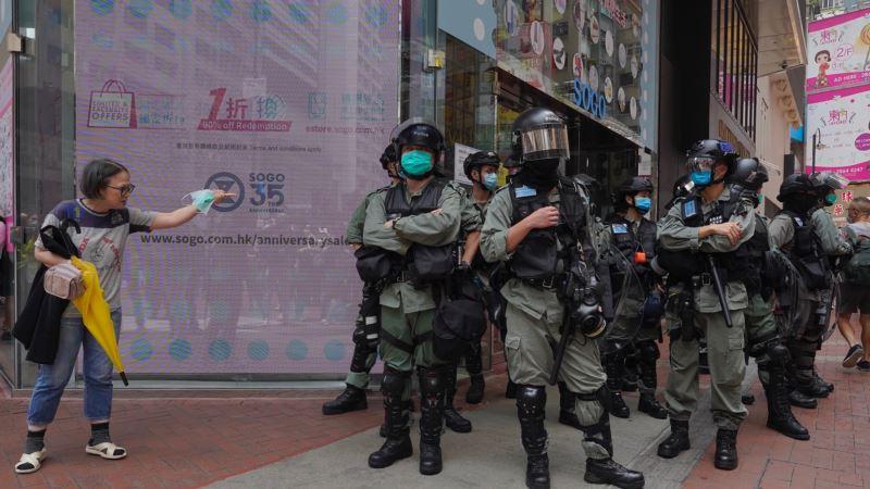 Policija blokadom obezbeđuje parlament, pred glasanje o nacionalnoj himni