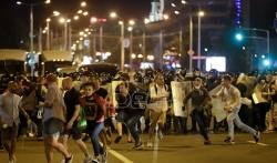 Policija brutalno rasterala demonstrante u Minsku, više stotina privedenih