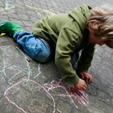 Policija hitno reagovala: Dečak (6) došao NAORUŽAN U VRTIĆ! (FOTO)