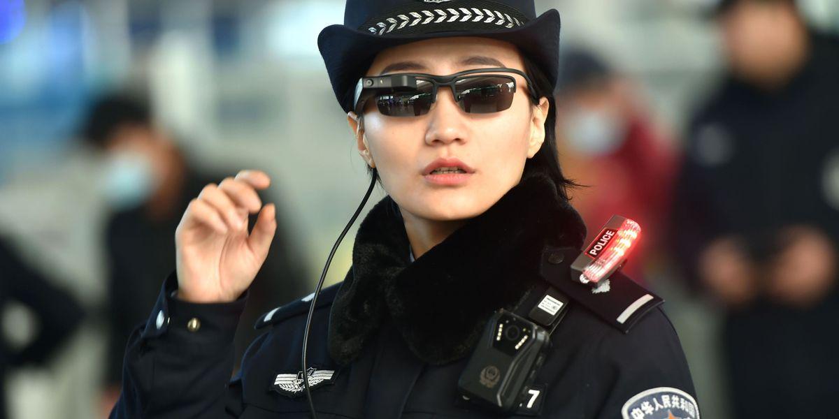 Policija u Kini koristi naočare za prepoznavanje kriminalaca