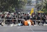 Policija ubila devet demonstranta, više ranjenih FOTO