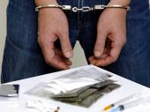 Policija upala u stan i pronašla kokain, spid, marihuanu...