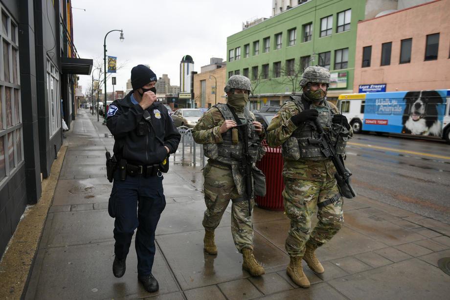 Policijski čas u Mineapolisu zbog nereda tokom protesta